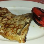 Veal chop, served with grilled bell pepper
