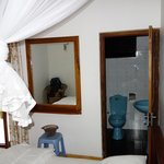 Middle room and bathroom