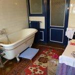 Chateau de Craon. Our room. Bathroom