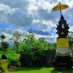 Le mont Agung en décor de fond