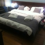 Lovely super king sized bed, very comfy!