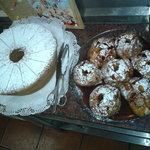 bolo de mel e maças assadas