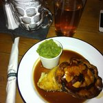 Steak pie & pint