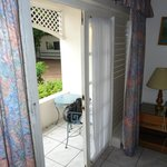 FRONT DOOR ENTERING THE ROOM