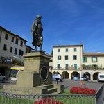 Giovanni da Verrazzano statue