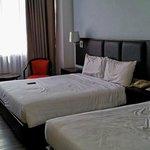 2's Queen size bed