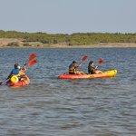 Location kayaks sur étang de Leucate camping Le Fun