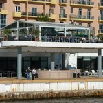 Hotel sea front bar and restraunt