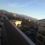 Uitzicht op land vanaf 5e verdieping
