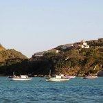 El hotel desde la bahía de Ferradura