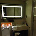 Lovely bathroom, nice toiletries