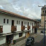 Vista da Catedral de Cuzco da varanda do hotel (lado direito).