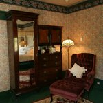 Master Suite Reading Wingback
