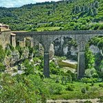 Closer view of the beautiful arched bridge that leads to Minerve