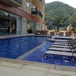 Piscina do hotel Clarion