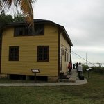 casa que sobreviveu ao furacão