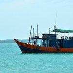 Boom net boat