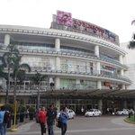 Robinson Mall - 5 min walk