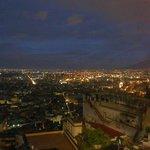 vista di Napoli dalla piazza esterna