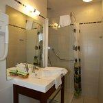 Salle de bain douche 1