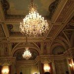 Chandelier in the Salle de Versailles