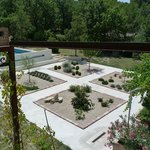 Jardin vue de la terrasse de Garance