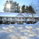 Jack Daniels Inn sunny winter day