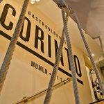 Acceso restaurante Corinto
