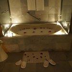 Awesome tub