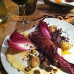 Plat: magret de canard saveur agrumes, purée de panais, un délice!