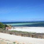 spiaggia con campo di beach wolley