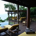 Sundeck and pool area - Suite 10
