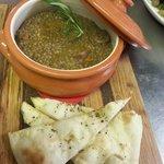 Umbrian sausages and lentil