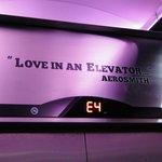 Detalle en el ascensor...