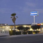 Welcome to the Travelodge - Victorville