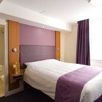Photo de Premier Inn London Victoria Hotel