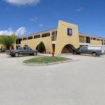 Super 7 Motel - Yukon