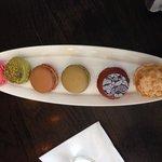 Macaron sampler