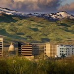 Boise Foothills Holiday Inn Express Boise Downtown Hotel