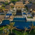 Bali's Luxury beachfront villa