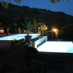 piscine by night