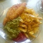 Foto van This is bedders fish and chips