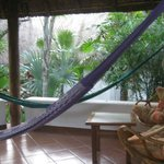 bungalow porch w hammocks