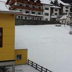 Ausblick com Balkon des Schwester hotels tia monte