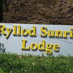 Ryllod Sunrise Lodge