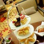3-tier cakes/snacks