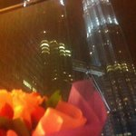 Night oom view with the bouquet