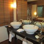 double sinks suite