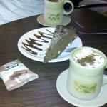 Chocolate caliente + torta
