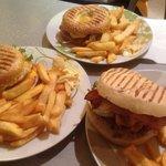 La vérité sa fait plaisir :) à mon sens les meilleurs burger de la place de troyes .